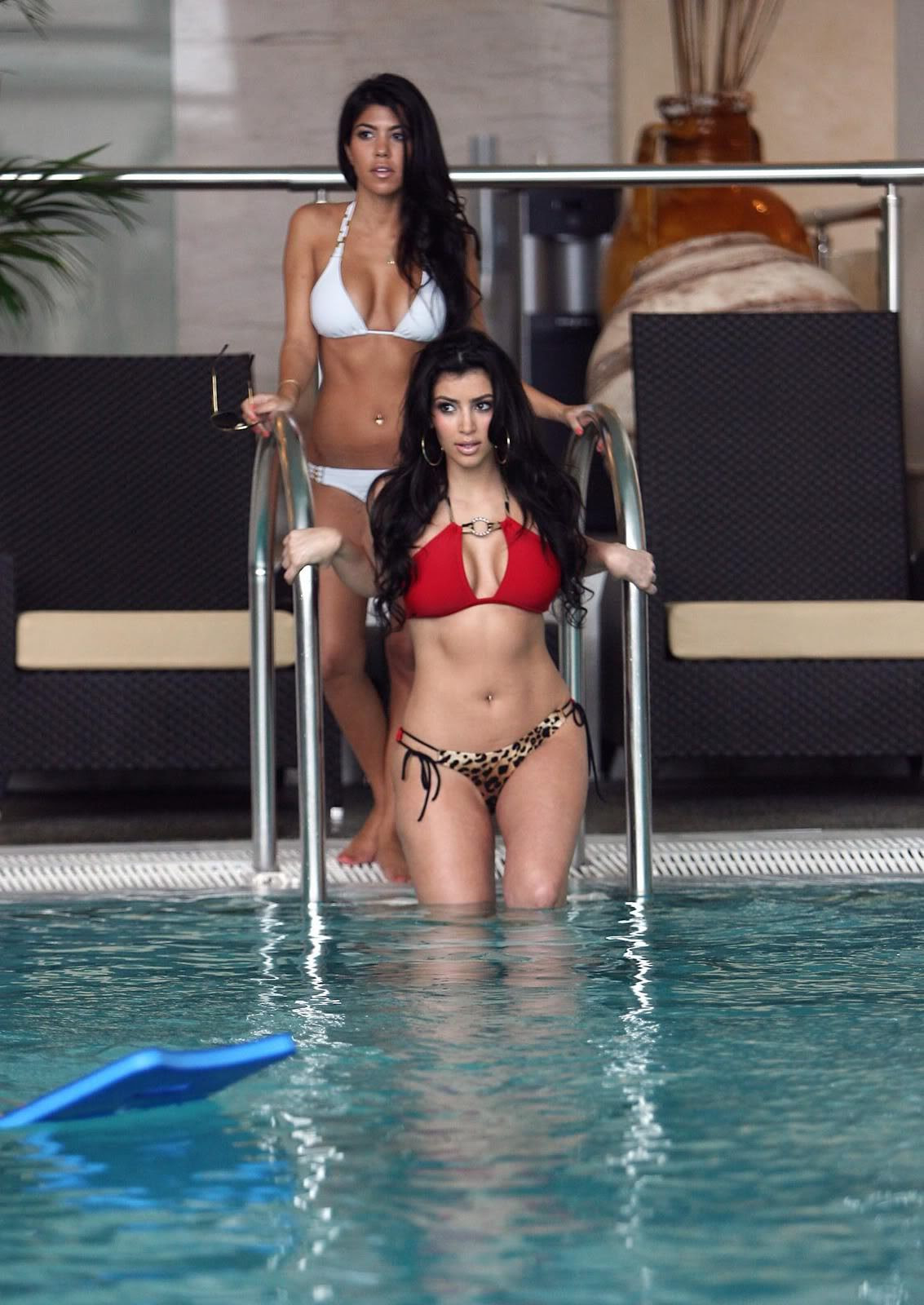 Kim and Kourtney Kardashian - Bikini shoot candids in Monaco - Sexy Actress Pictures | Hot Actress Pictures
