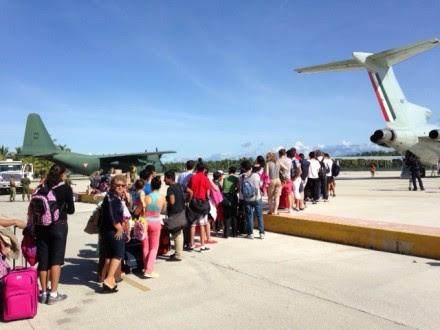 Pasajeros VIP en Acapulco. Foto: Eduardo Miranda