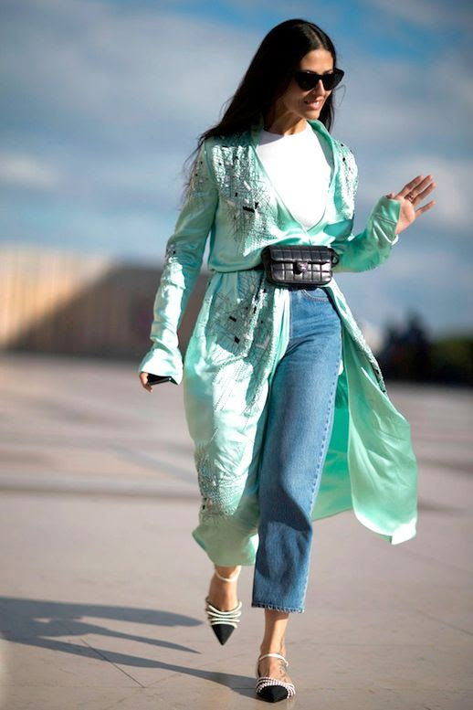 Le Fashion Blog Street Style Sunglasses Teal Kimono Jacket White Tee Mini Bag Around Waist Pointed Toe Embellished Flats Via Elle Spain