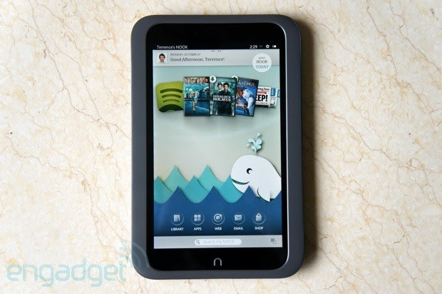 PSA Barnes & Nobles Nook HD, HD tablets are now available in the UK