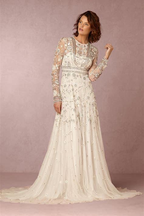 wedding dress    based