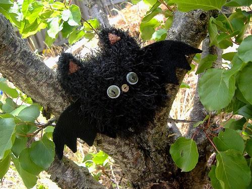 bat in tree