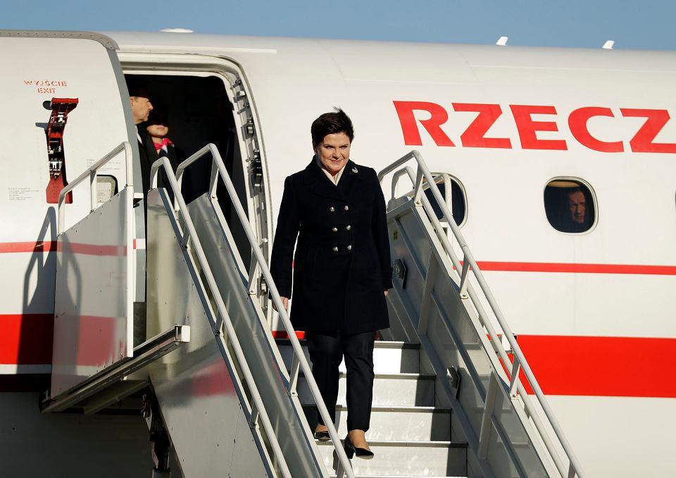 Premier Beata Szydło na lotnisku w Londynie, 28.11.2016