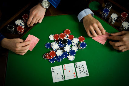People playing live poker vs online poker player rock n cash slots free coins
