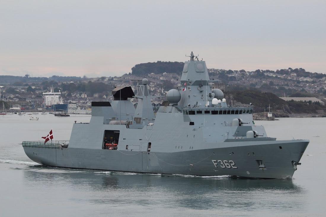http://www.wrightys-warships.com/uploads/7/4/0/4/7404321/9150858_orig.jpg