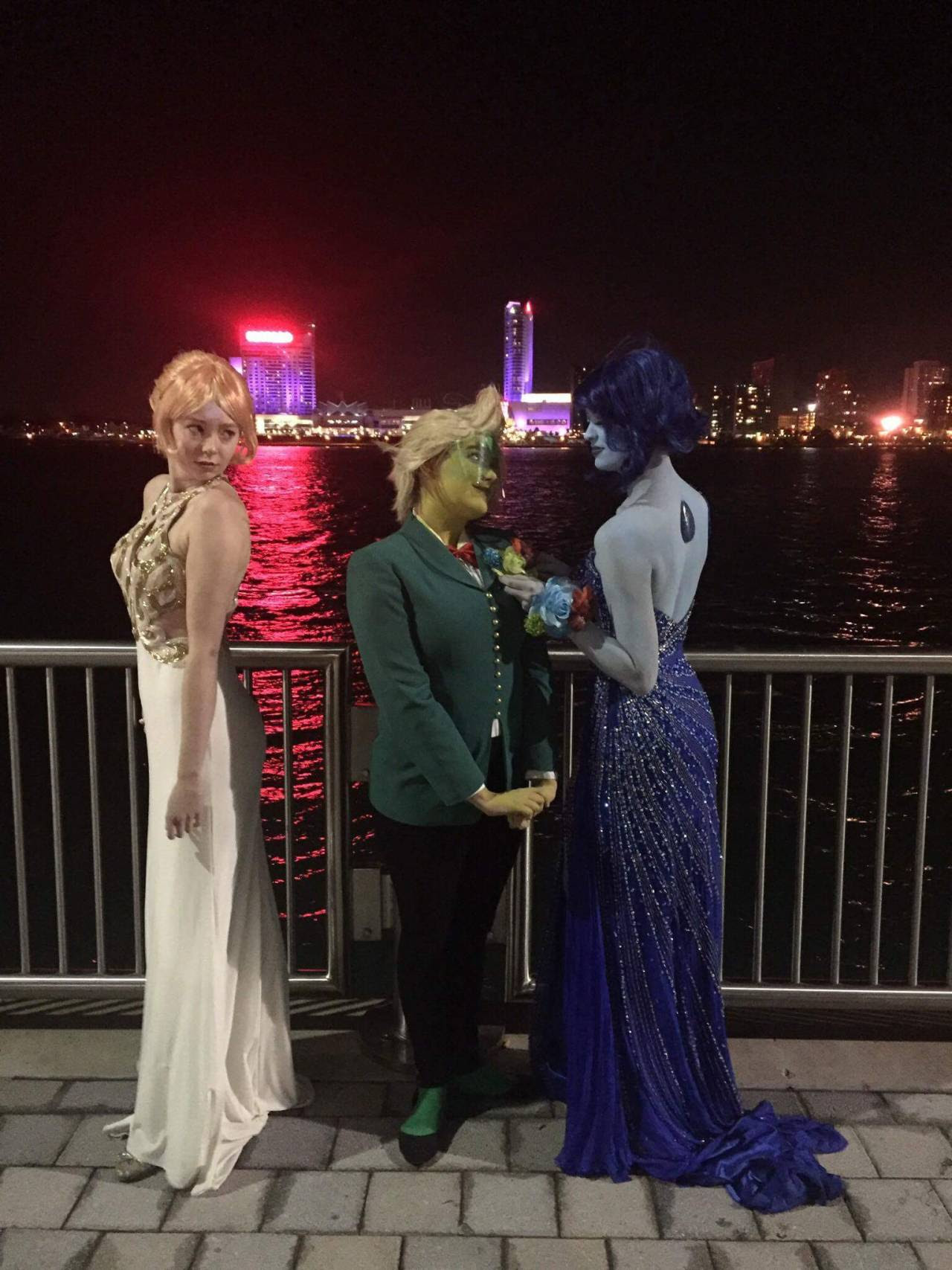 Dapper gems for Youmacon 2016. @yessometimespracticallyperfect as Peridot.