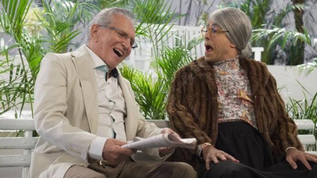 Carlos Alberto de Nóbrega e Marcius Melhem no último episódio da temporada do 'Tá no ar'.