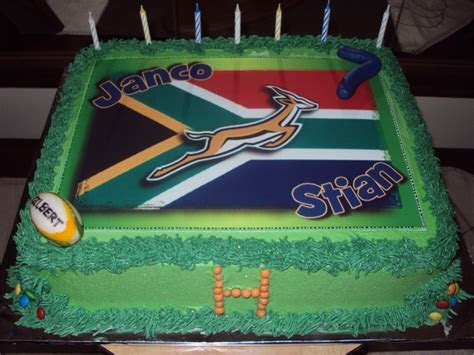 Delana's Cakes: SA rugby cake and cupcakes