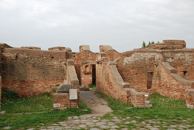 File:Ostia antica 245.JPG