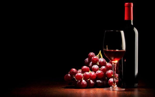 Eναλλακτικές χρήσεις για το κόκκινο κρασί!