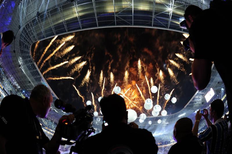 Fogos chamaram a atenção de todos no estádio:imagem 6