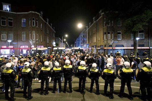 photo riots_the hague_zpsk5qwidku.jpg