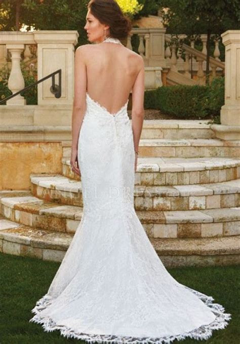 Things to Know Before Trying Backless Wedding Dresses
