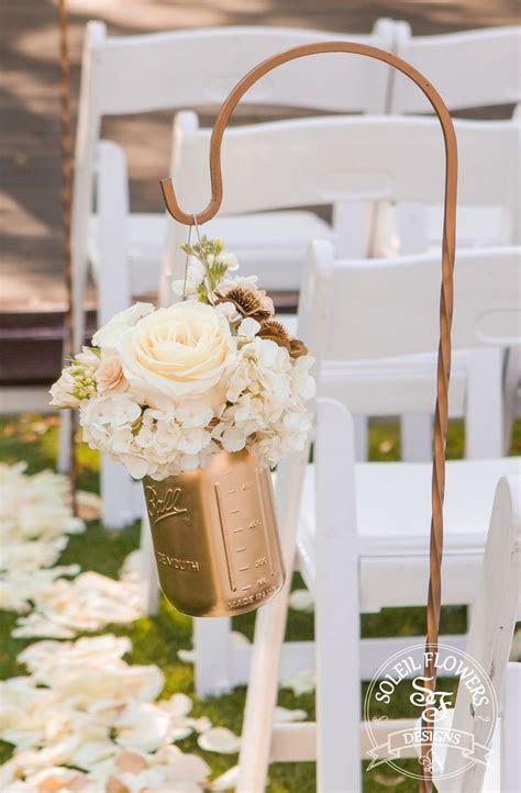 Best 20  Gold mason jars ideas on Pinterest   Gold glitter