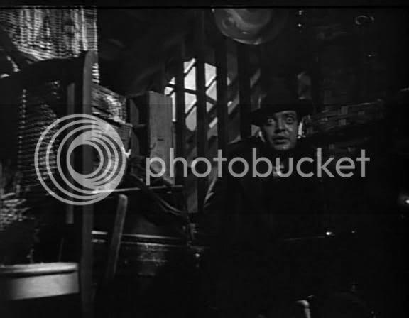 Peter Lorre as Beckert