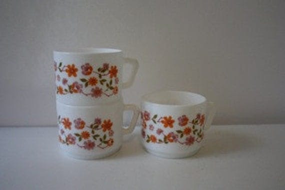 Set of 3 Vintage Floral Milkglass Mugs