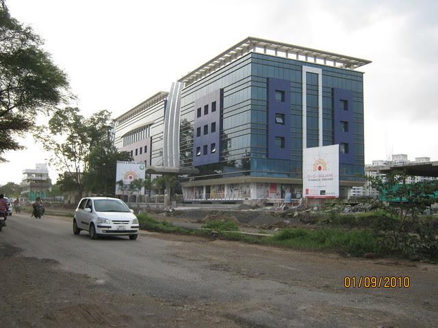 Kalpataru Harmony Wakad Pune - G-O-Square, Commercial Complex