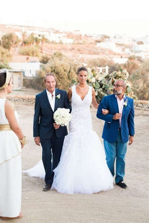 An All White Grecian Chic Wedding   Principote Mykonos Wedding