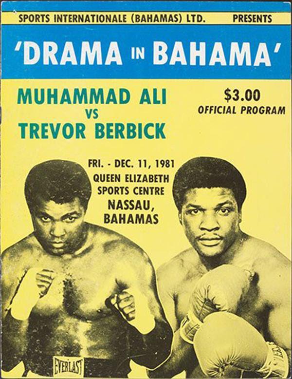 El programa de la pelea entre Trevor Berbick y Muhammad Alí en Bahamas