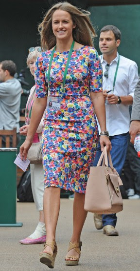 Kim Sears, the girlfriend of semi-finalist Andy Murray, lit up Centre Court in a floral dress by high street chain Zara and Mulberry's Willow tote.
