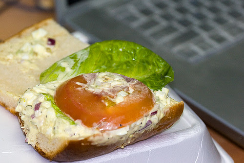 47.365_egg_salad_sandwich