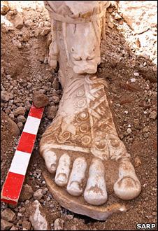 Foot of Marcus Aurelius statue (Sagalassos Archaeological Research Project)