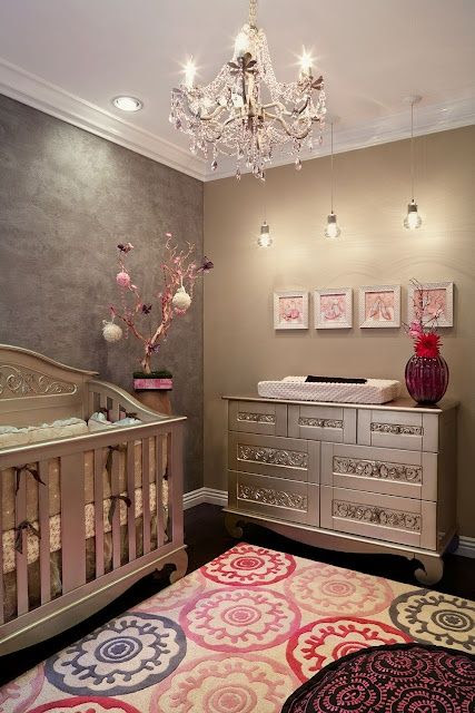 Love this baby room!!!