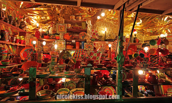 pottery shop night market lyon