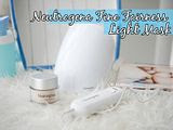 Achieving brighter skin with light therapy | NEUTROGENA® Fine  Fairness® Light Mask.