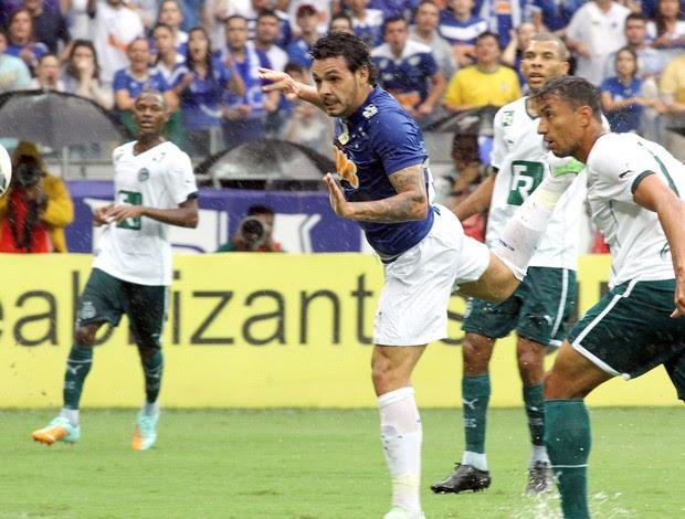 Ricardo Goulart, Cruzeiro x Goiás (Foto: EFE)