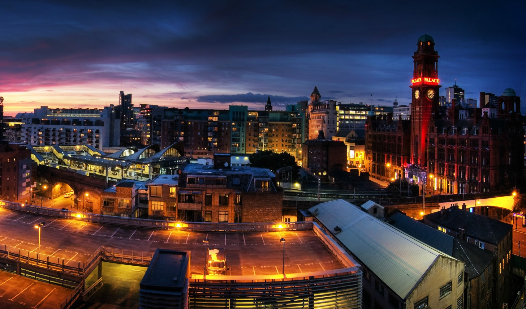 The Vibrant City of Manchester - Travel Hymns