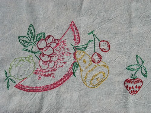 summer embroidery detail