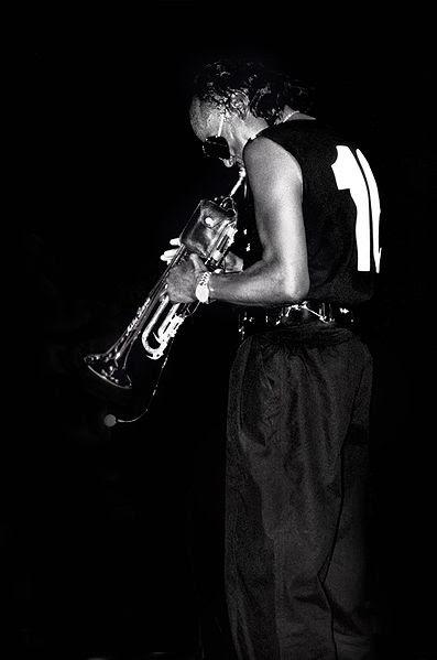File:Miles Davis - 1986.jpg