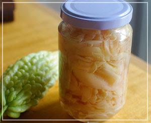 新生姜の甘酢漬け。美味しくできてると良いなぁ。