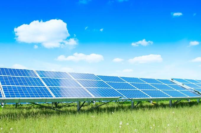 LA ENERGÍA SOLAR, EÓLICA Y LAS BATERÍAS PODRÍAN ACABAR CON LOS COMBUSTIBLES FÓSILES Y LA ENERGÍA NUCLEAR PARA 2030