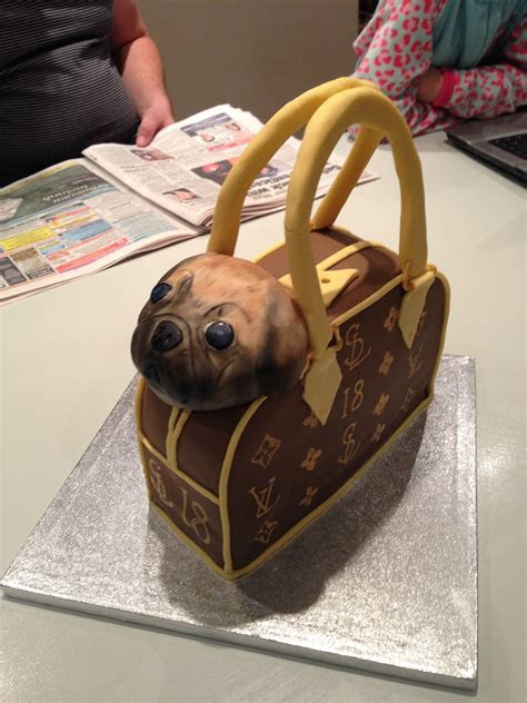 Louis Vuitton handbag and pug dog » Cakes by Melissa