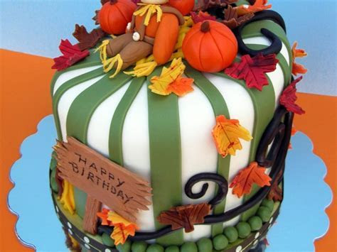 5 MUST See Fall Birthday Cakes For You To Recreate!   All