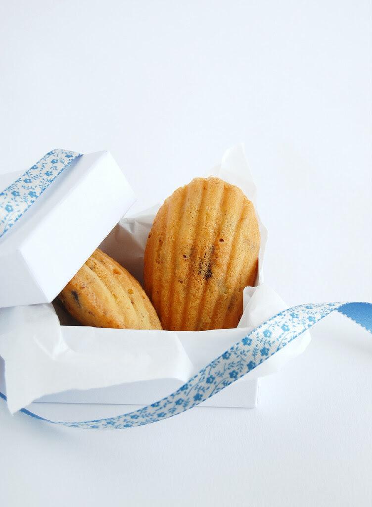 Choc chip madeleines / Madeleines com gotas de chocolate
