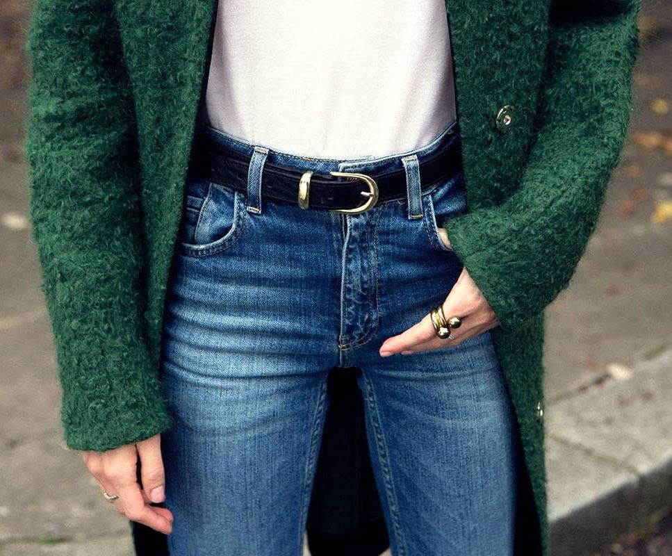 Le Fashion Blog Maria Valverde Wool Green Coat Double Ball Ring Classic High Waisted Jeans Black Gold Belt Via Vogue Spain photo Le-Fashion-Blog-Maria-Valverde-Wool-Green-Coat-Double-Ball-Ring-Classic-High-Waisted-Jeans-Black-Gold-Belt-Via-Vogue-Spain.jpg