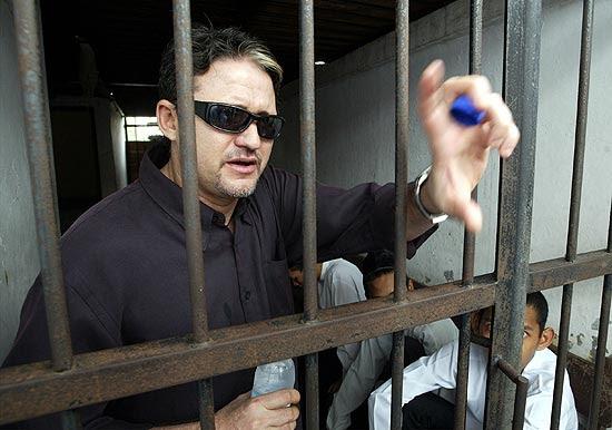 O brasileiro Marco Archer Cardoso Moreira em cela na Indonésia após ser condenado por tráfico de drogas