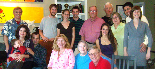 PB261965-2009-11-26-Thanksgiving-Group-Picture-Cropped