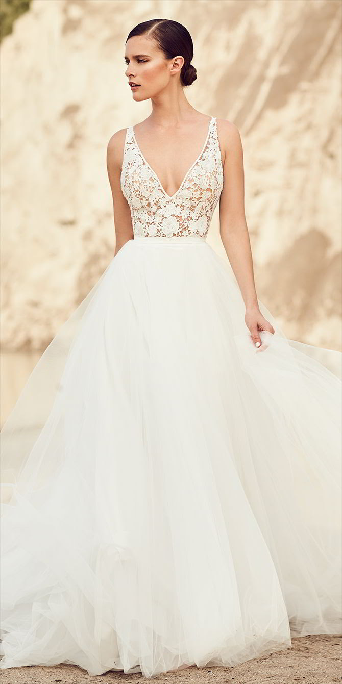 25 Beautiful Dress And Wedding Shoes