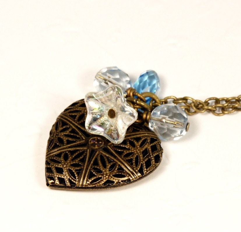 Sweetheart Locket Necklace - Icy Blue
