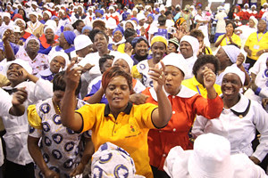 Zimbabwean women pray for peace throughout the country. The Southern African state is preparing for national elections under a new constitution. by Pan-African News Wire File Photos