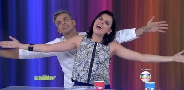 "Monica Iozzi com Otaviano Costa no ""Vídeo Show"""