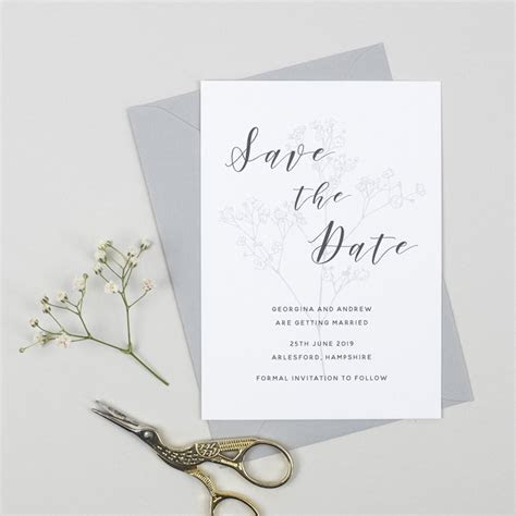 When Should You Send Out Your Wedding Invitations?