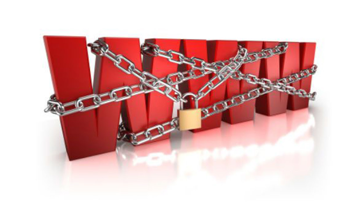 http://www.inred.gr/wp-content/uploads/2016/03/internet-in-chains.jpg