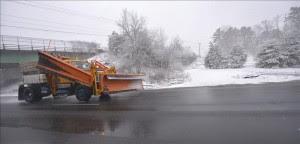 El Servicio Meteorológico de Canadá advertió que la parte más meridional de la provincia de Ontario recibiría entre 15 y 25 centímetros de nieve junto con vientos de hasta 60 kilómetros por hora. EFE