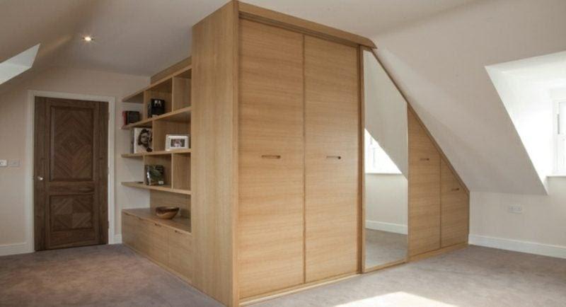 Begehbarer Kleiderschrank unter Dachschr\u00e4ge \u2013 Ideen und