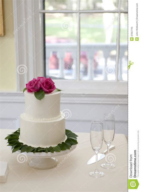 Small Two Tiered Wedding Cake Stock Photo   Image of